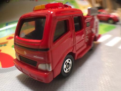 トミカ ミニカー 消防自動車